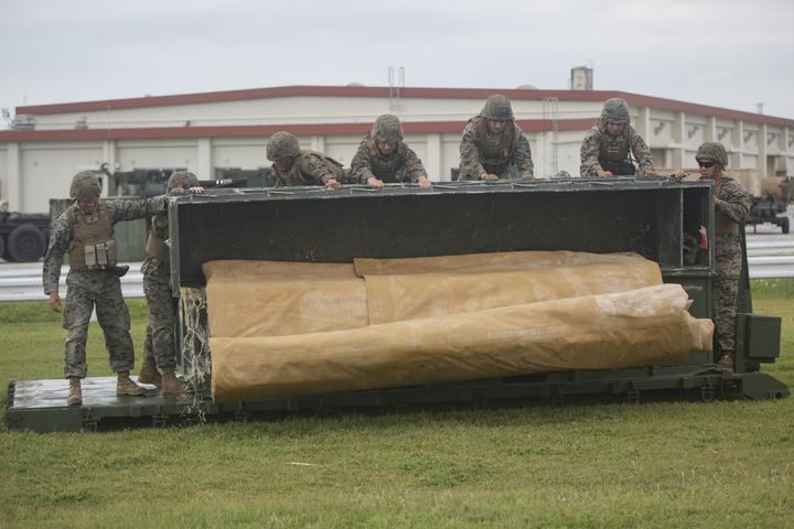 Walk the Line | Marines with Bulk Fuel Company assemble a fuel site [Image 1105]