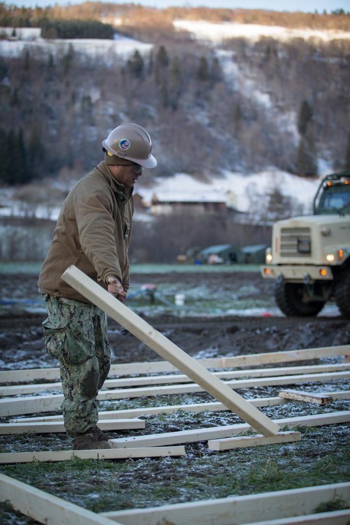Seabees with 22nd NCR Build Camp Improvements in Voll, Norway [Image 1107]