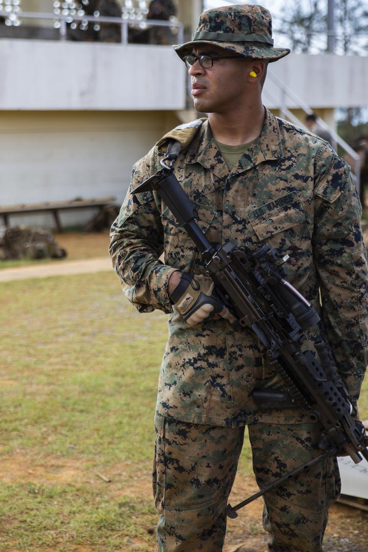 Rush the Enemy | Marines with 3rd MLG execute fire and movement range [Image 1055]