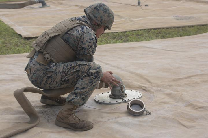 Walk the Line | Marines with Bulk Fuel Company assemble a fuel site [Image 1646]