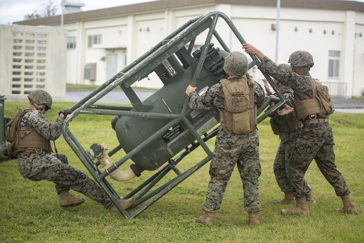 Walk the Line | Marines with Bulk Fuel Company assemble a fuel site [Image 1060]