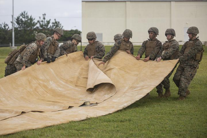 Walk the Line | Marines with Bulk Fuel Company assemble a fuel site [Image 1125]